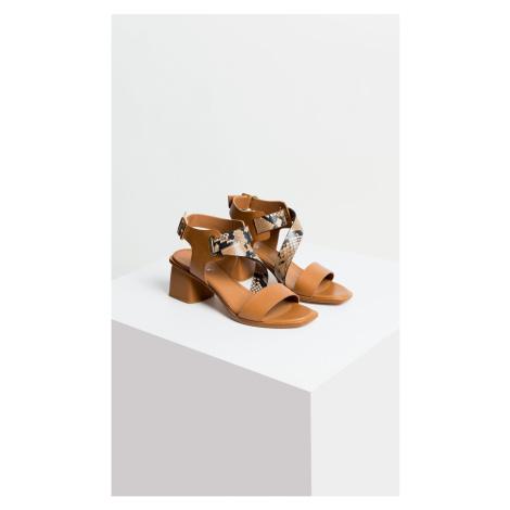 Deni Cler Milano Woman's Shoes T-Dc-B211-0E-77-19-1