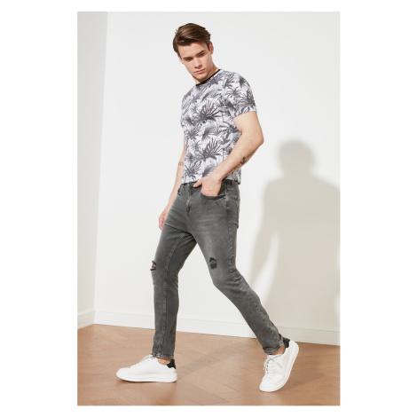 Trendyol Gray Men's Ripped Detailed Regular Waist Carrot Fit Jeans