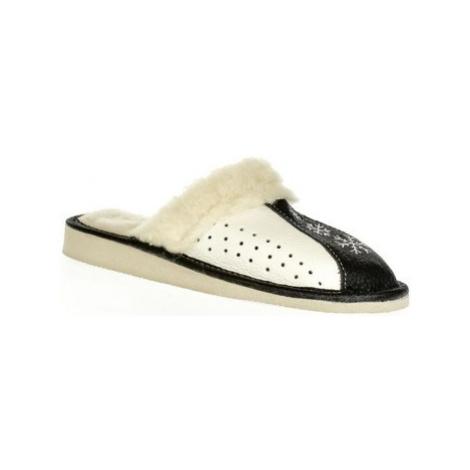 John-C Dámske čierne kožené papuče NADĚŽDA Černá