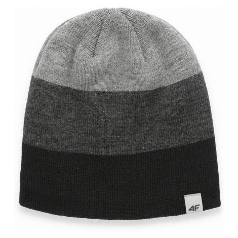 4F CAP CAM010 Černá