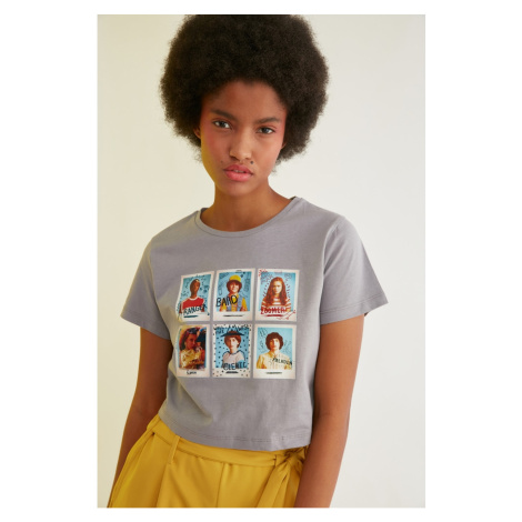 Trendyol Gray Stranger Things Licensed Printed Crop Knit T-Shirt