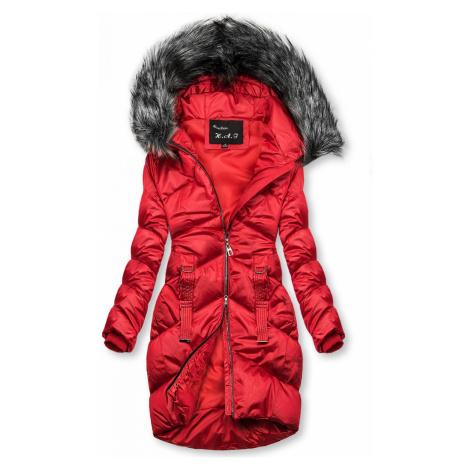 Červená lesklá prošívaná bunda na zimu Butikovo