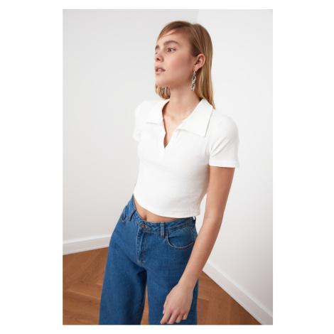 Trendyol White V-Neck Crop Knitted Blouse