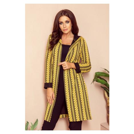Teplý dámský přehoz přes oblečení s kapucí, kapsami a copánkovým vzorem model 7742330 NUMOCO