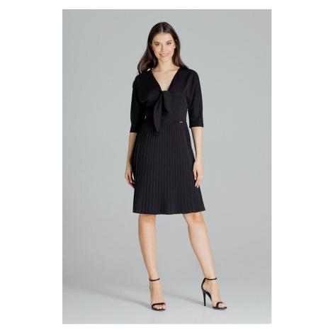 Elegantní jarní šaty se skládanou sukní a mašlí na výstřihu