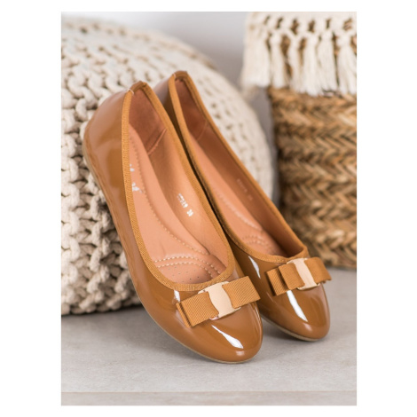 FAMA LACQUERED BALLERINAs WITH BOW