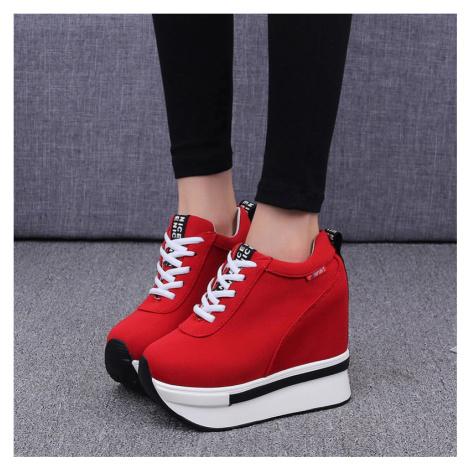 Kotníkové boty vysoké tenisky na platformě s tkaničkami