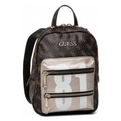 Guess GUESS dámský hnědý malý batoh CALEY