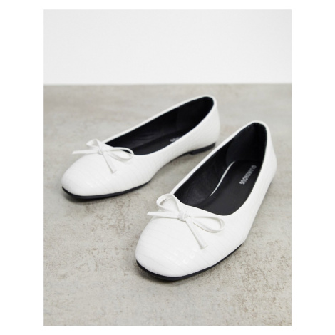 Glamorous ballet pumps with square toe in off white lizard