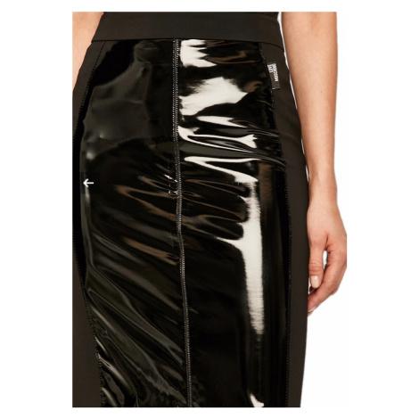 Černá lesklá sukně LOVE MOSCHINO