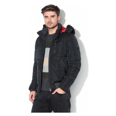 Guess GUESS péřová černá bunda s kapucí