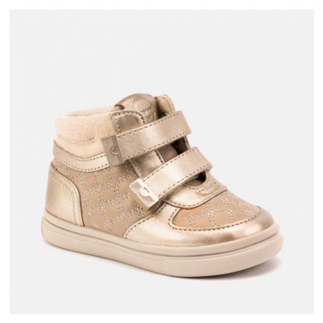 Dívčí kojenecká obuv MAYORAL 42038 | růžová