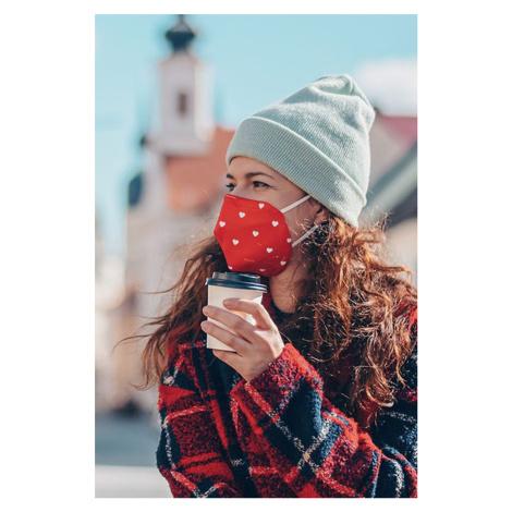 Červená vzorovaná ochranní maska s filtrem FFP3 Láska Fusakle