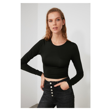 Trendyol Knitted Blouse with Black Back Neckline