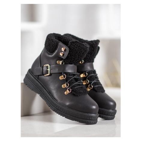 Originální  kotníčkové boty dámské černé na plochém podpatku Vices