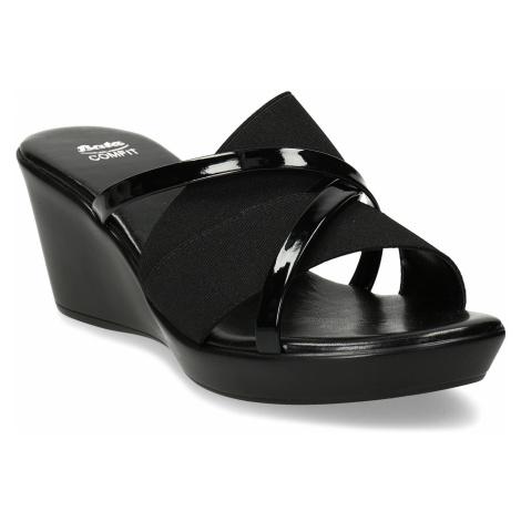 Černé dámské pantofle na platformě Baťa