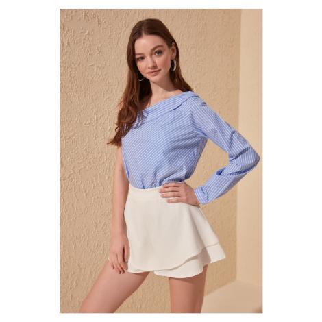 Dámské kraťasy Trendyol Skirt-Looking Shorts