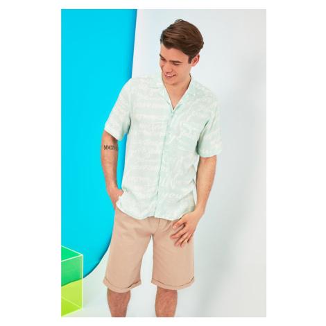 Trendyol Mint Men's Regular Fit Apron Collar Short Sleeve Shirt