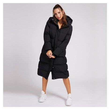 Guess dámská dlouhá černá zimní bunda