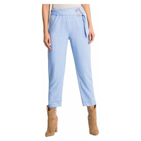 Světle-modré dámské kalhoty s páskem