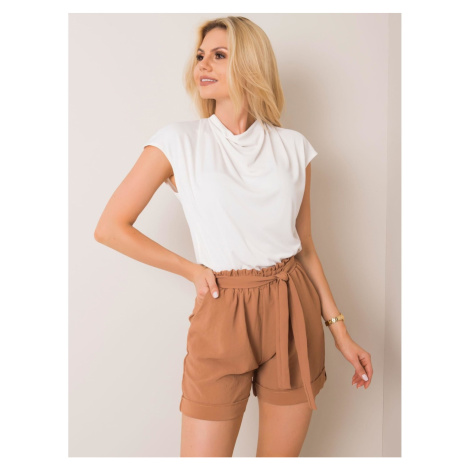 RUE PARIS Light brown women´s shorts Fashionhunters