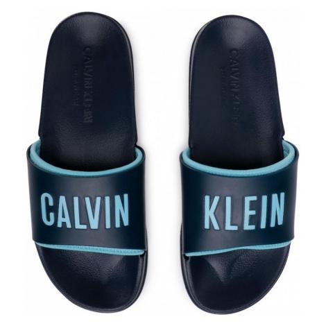 Pánské pantofle Calvin Klein KM0KM00495 Tm. modrá