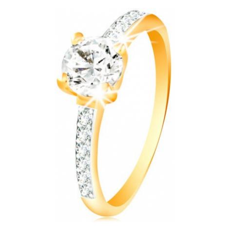 Prsten ve 14K zlatě - čirý zirkon v kotlíku, linie zirkonů na ramenech Šperky eshop