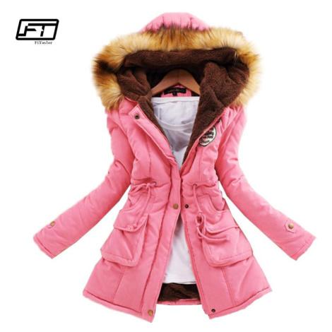 Dámská zimní parka s kožíškem zateplená bunda s kapucí