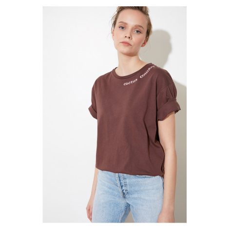Trendyol Brown Collar and Back PrintEd Boyfriend Knitted T-Shirt