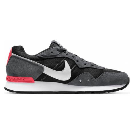 Nike Venture Runner šedé CK2944-004