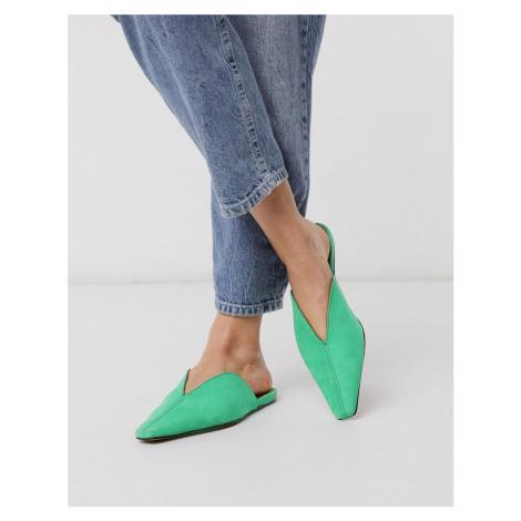 ASOS DESIGN Landing suede mules in green