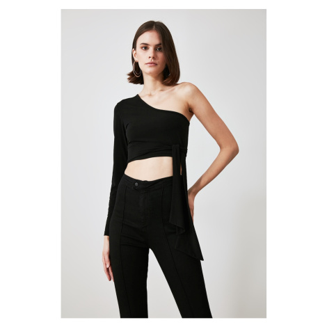 Trendyol Black One Shoulder Knitted Blouse