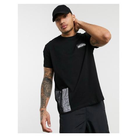 Bershka t-shirt with reflective pocket in black