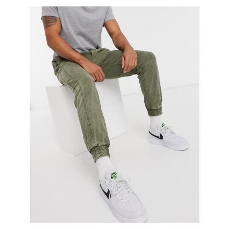 Bershka slim joggers in khaki-Green