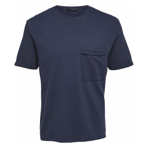 Tmavě modré triko s O-neck Selected