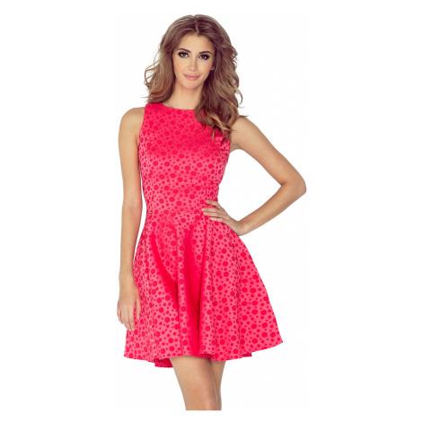 Malinové šaty kolového střihu s lodičkovým výstřihem model 4977448 NUMOCO