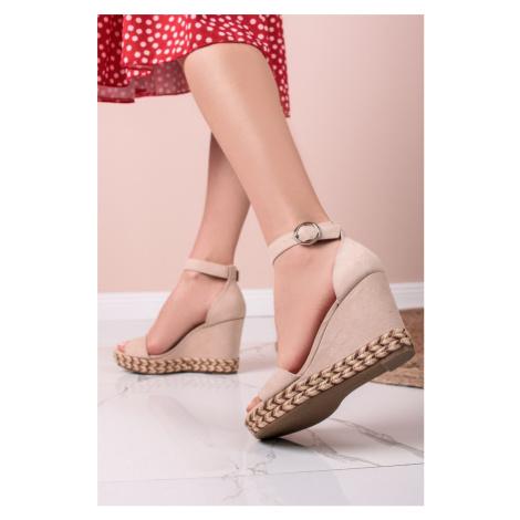 Béžové platformové sandály 5-28322 s.Oliver