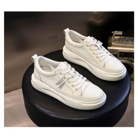 Vysoké bílé tenisky na platformě s tkaničkami módní letní obuv