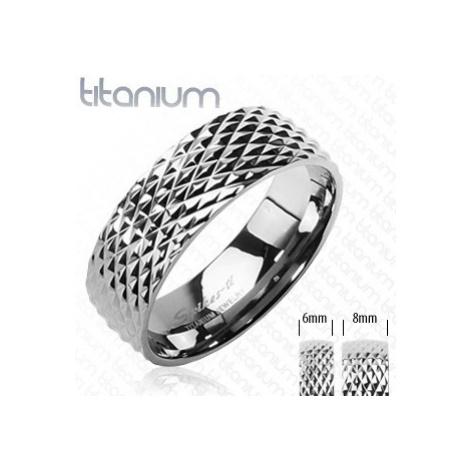 Titanový snubní prsten vzor hadí kůže Šperky eshop