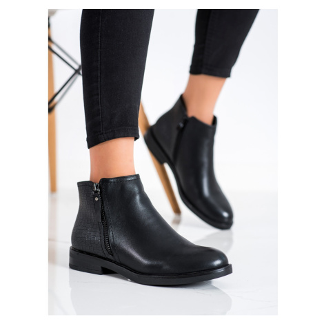 CLOWSE CASUAL ANKLE BOOTS SNAKE PRINT