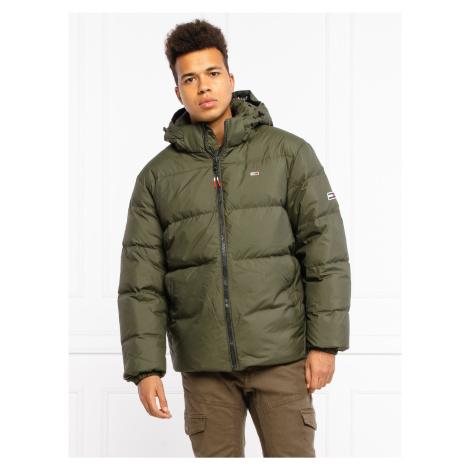 Tommy Jeans pánská tmavě zelená zimní bunda Tommy Hilfiger