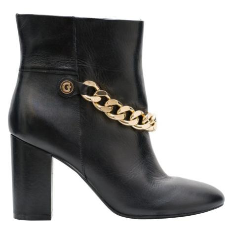 Dámské Guess kotníkové boty s ozdobným řetězem - černá