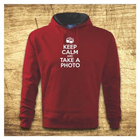 Mikina s kapucňou s motívom Keep calm and take a photo. BezvaTriko
