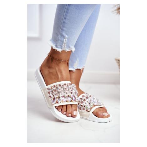 Dámské Pantofle Lu Boo Krystaly Bílé Bobbi