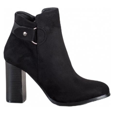 Elegantní kotníkové boty na sloupku BASIC