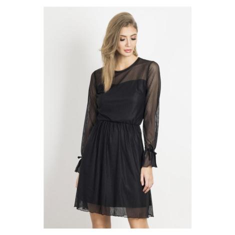 Dámské elegantní krajkové šaty v černé barvě SWING IVON