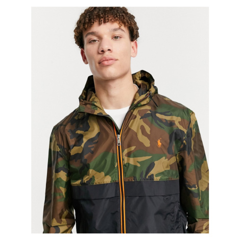 Polo Ralph Lauren player logo camo print hooded rain jacket in green/black