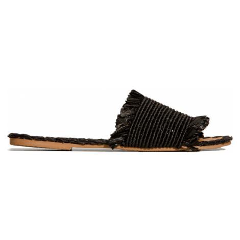 Pantofle Manebi YUCATAN černá