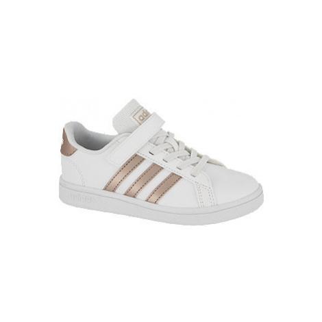 Bílé tenisky na suchý zip Adidas Grand Court