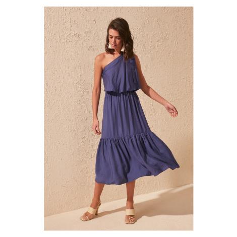 Dámské šaty Trendyol One Shoulder
